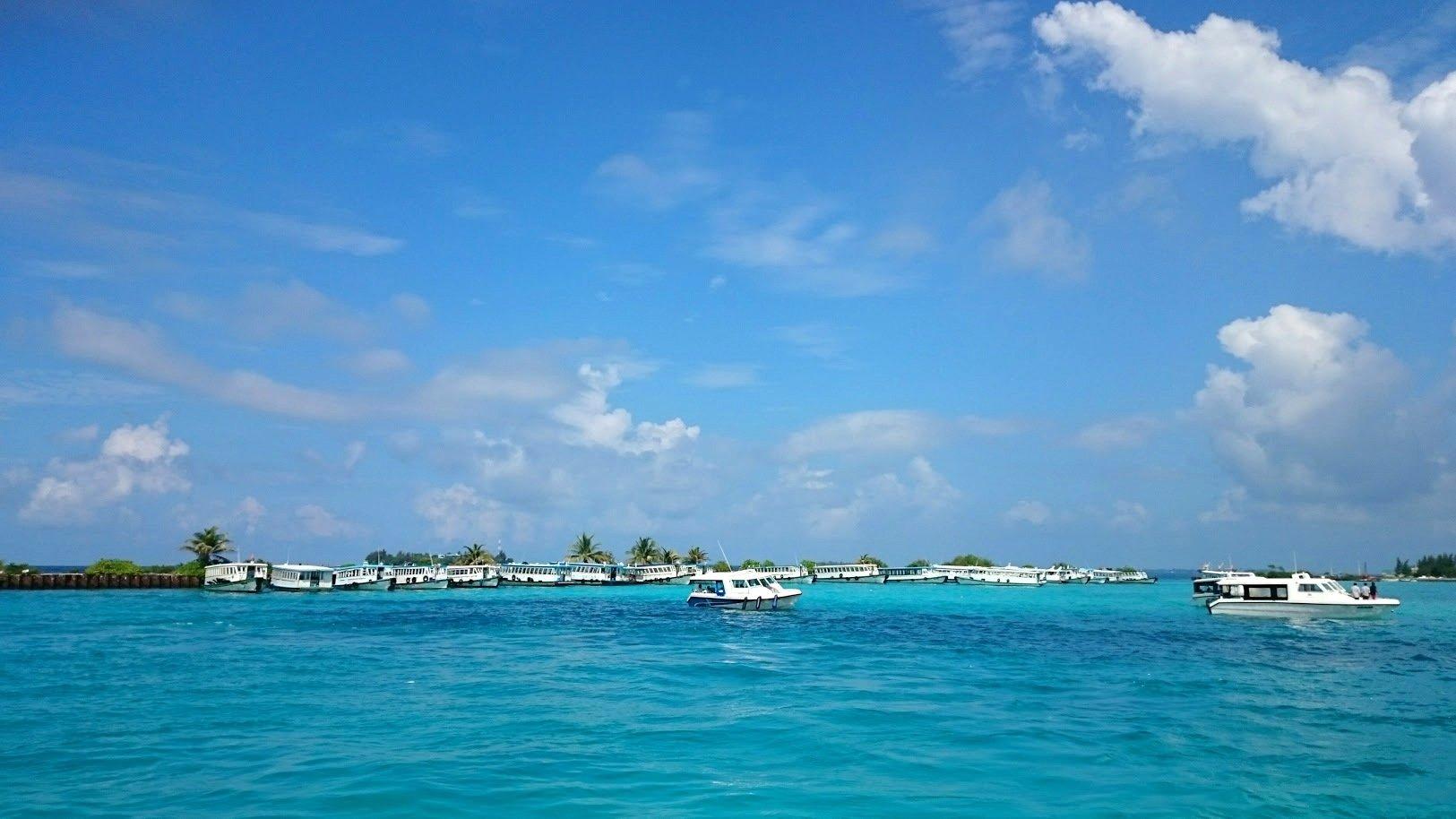 Malediivit Maafushi Male lentokenttä edullisesti malediiveille kokemuksia