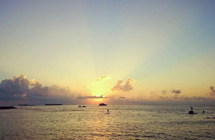 Malediivit auringonlasku instagram