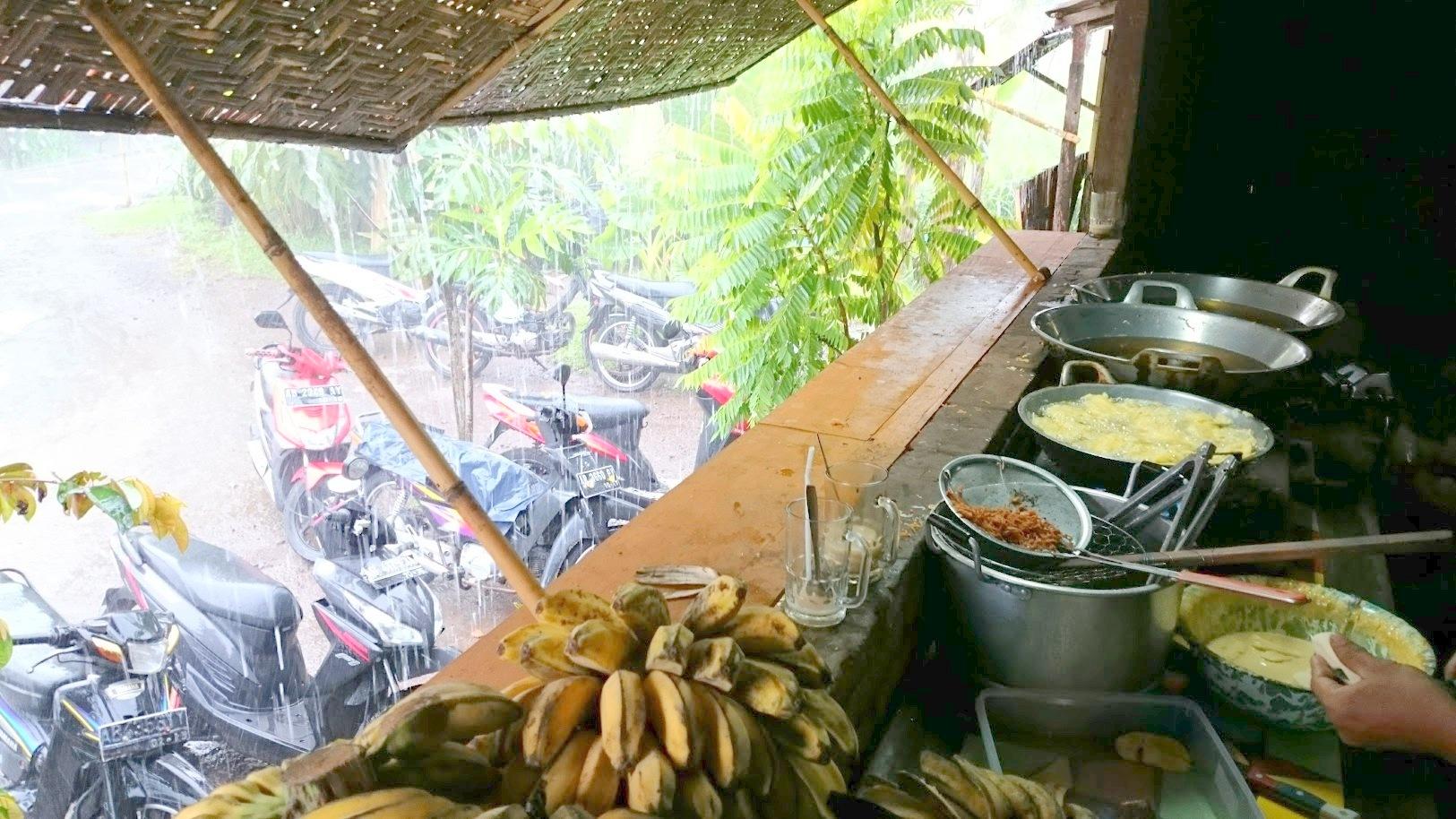 Yogyakarta pisang goreng Indonesia ruoka