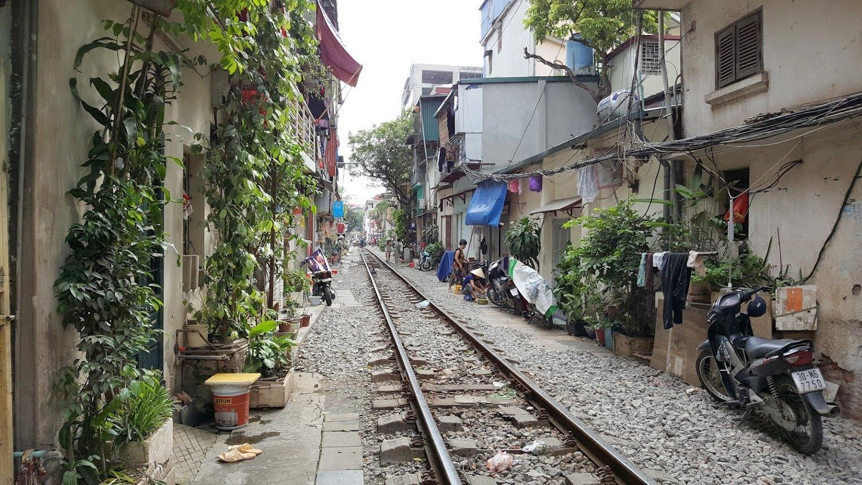 Hanoi nähtävyydet junarata