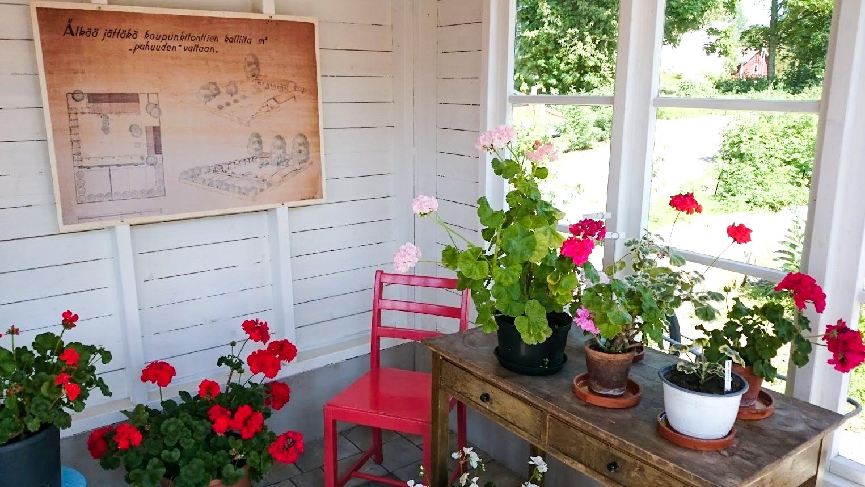 tekemistä Tampereella kesä ahlman puutarha