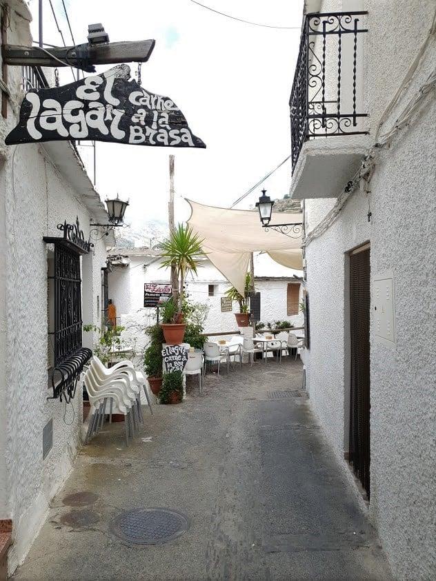 Costa del sol malaga espanja rannikko päiväretket retkikohde vuoristokylä valkoinen kylä alpujarras