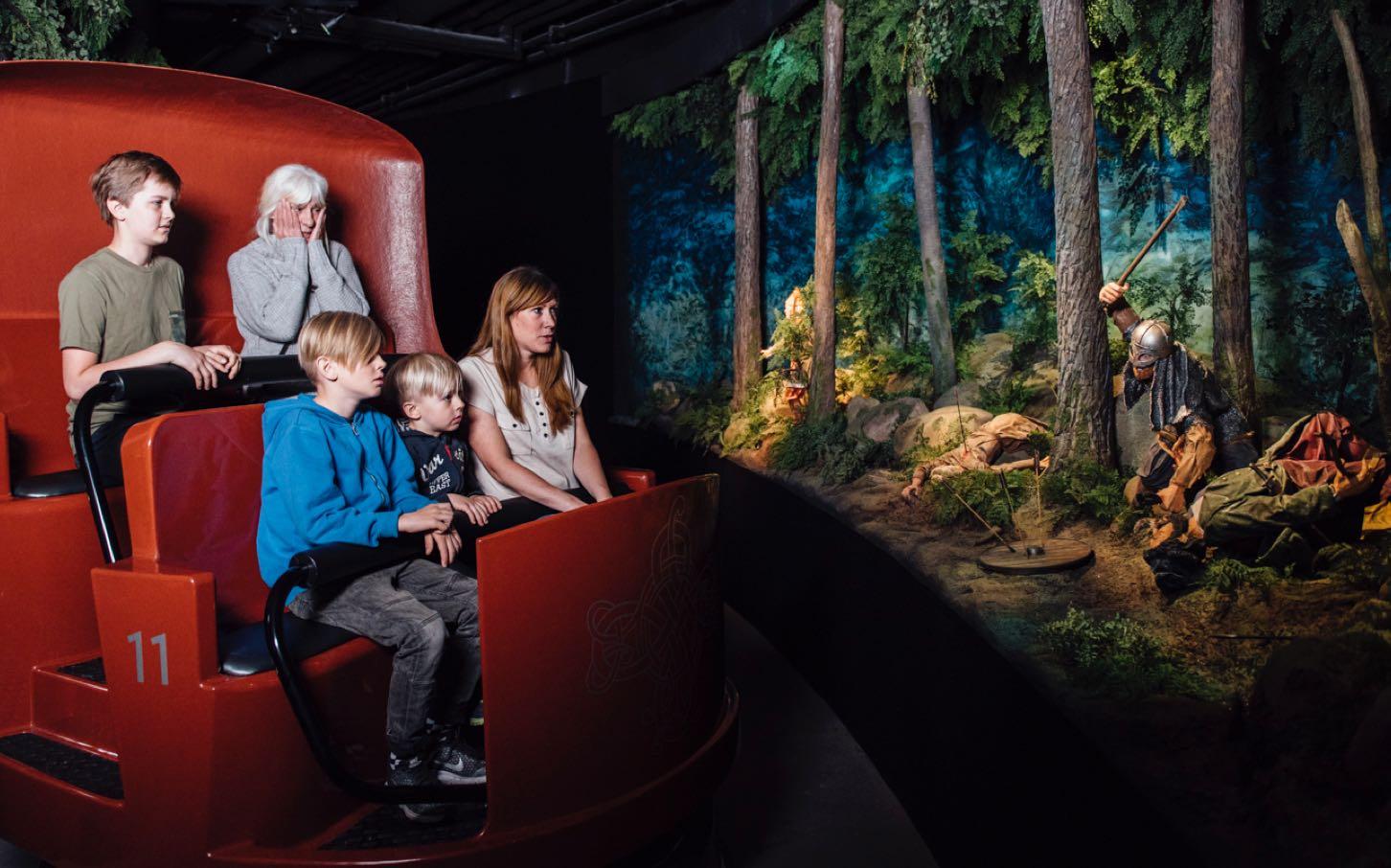 Tukholma nähtävyydet tekemistä päivä Tukholmassa viking line risteily lapsille viikinki laiva museo