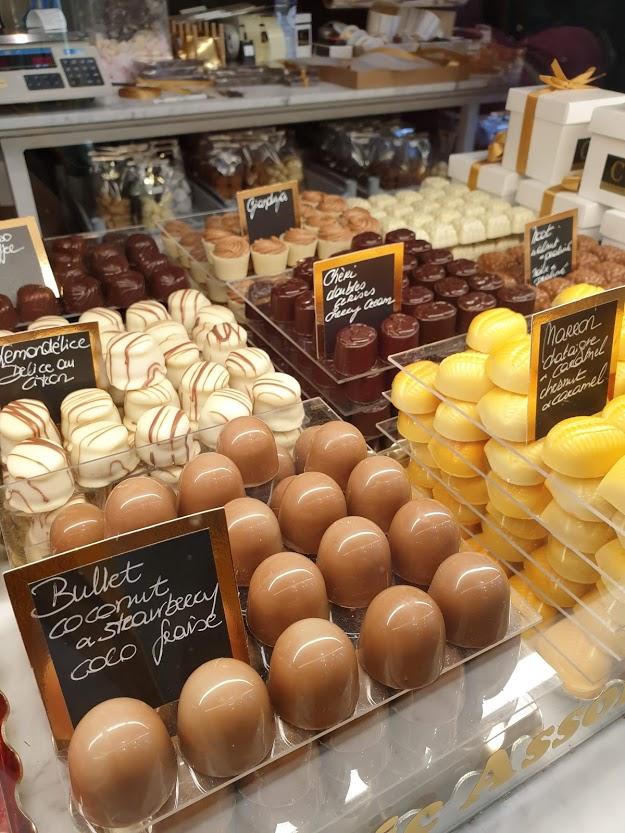 brugge belgialainen suklaa suklaakauppa suklaakonvehti