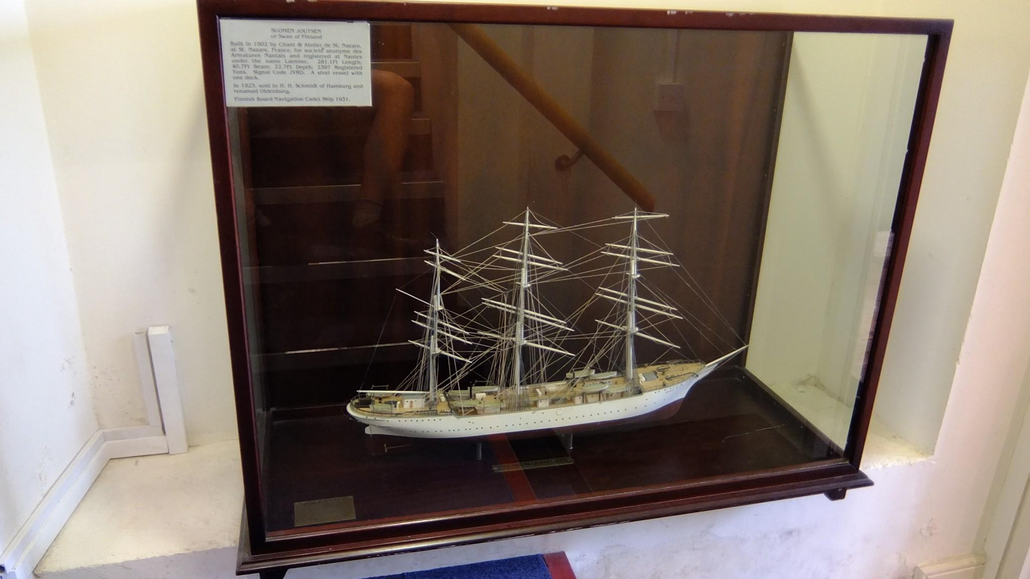 Kaikista erikoisinta minusta oli löytää pienoismalli laivasta nimeltä Suomen Joutsen! Tämä herätti meissä sekä hilpeyttä, että ihmetystä. Hauskaa saada pala Suomenkin historiaa Irlannin kansalliseen merenkulun museoon.