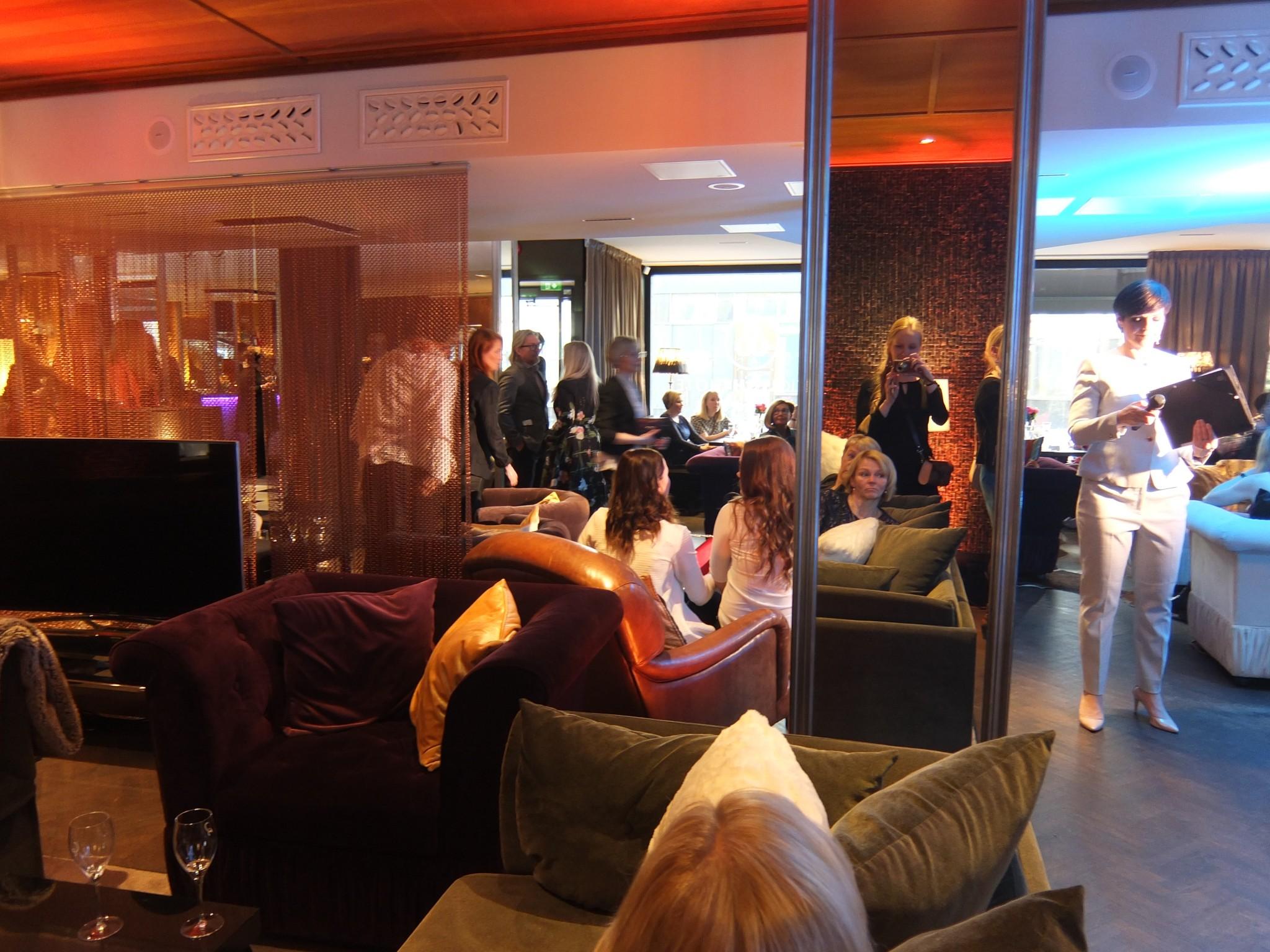 Arctic Light Hotel Fashion Night Momenti (296)
