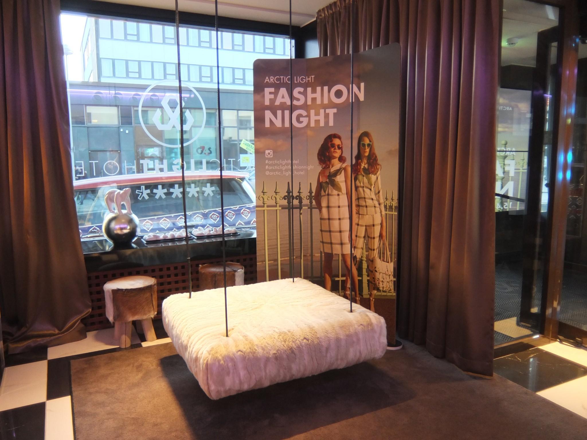 Arctic Light Hotel Fashion Night Momenti (319)