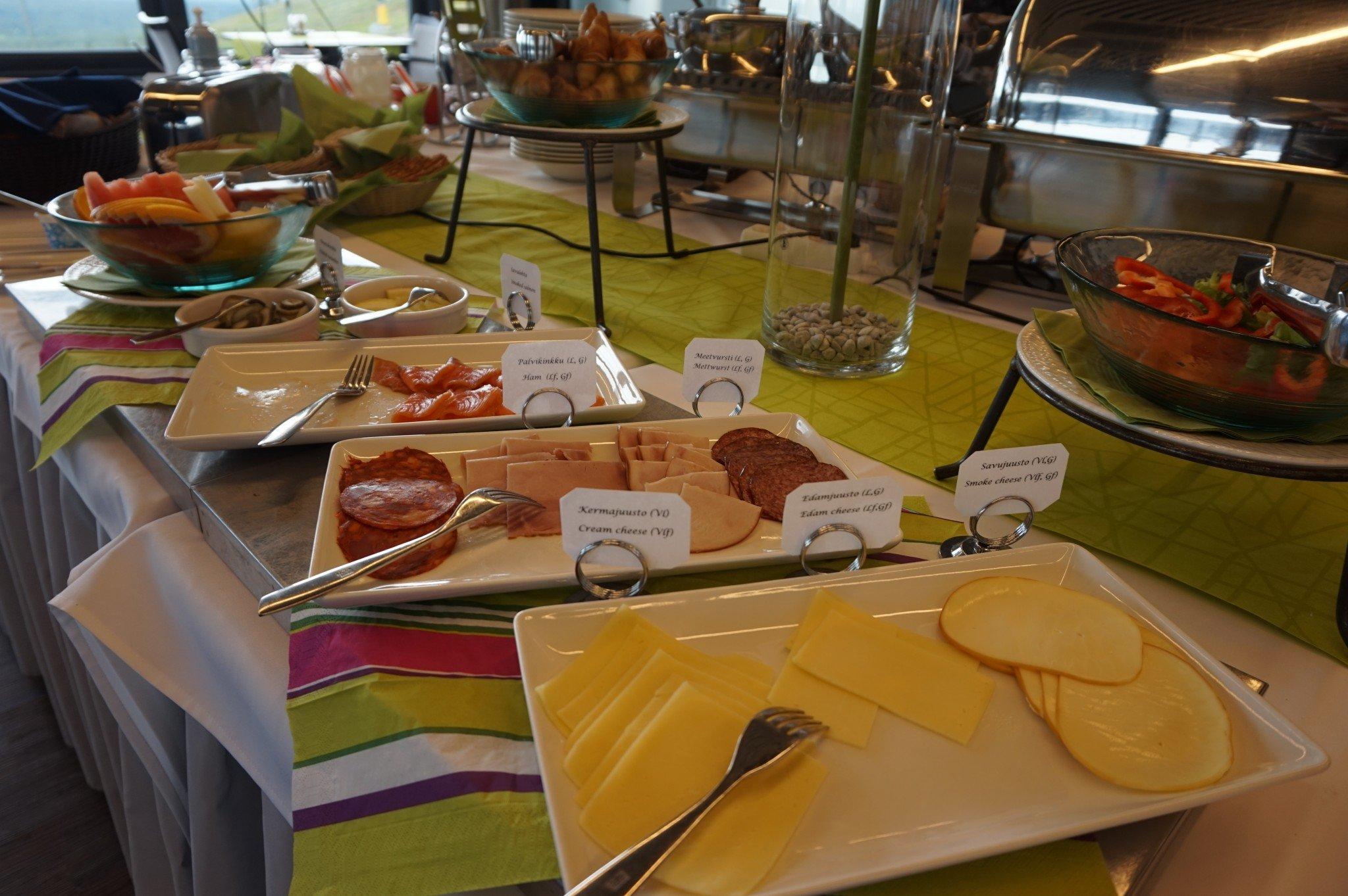 Hotel Levi Panorama breakfast (2)