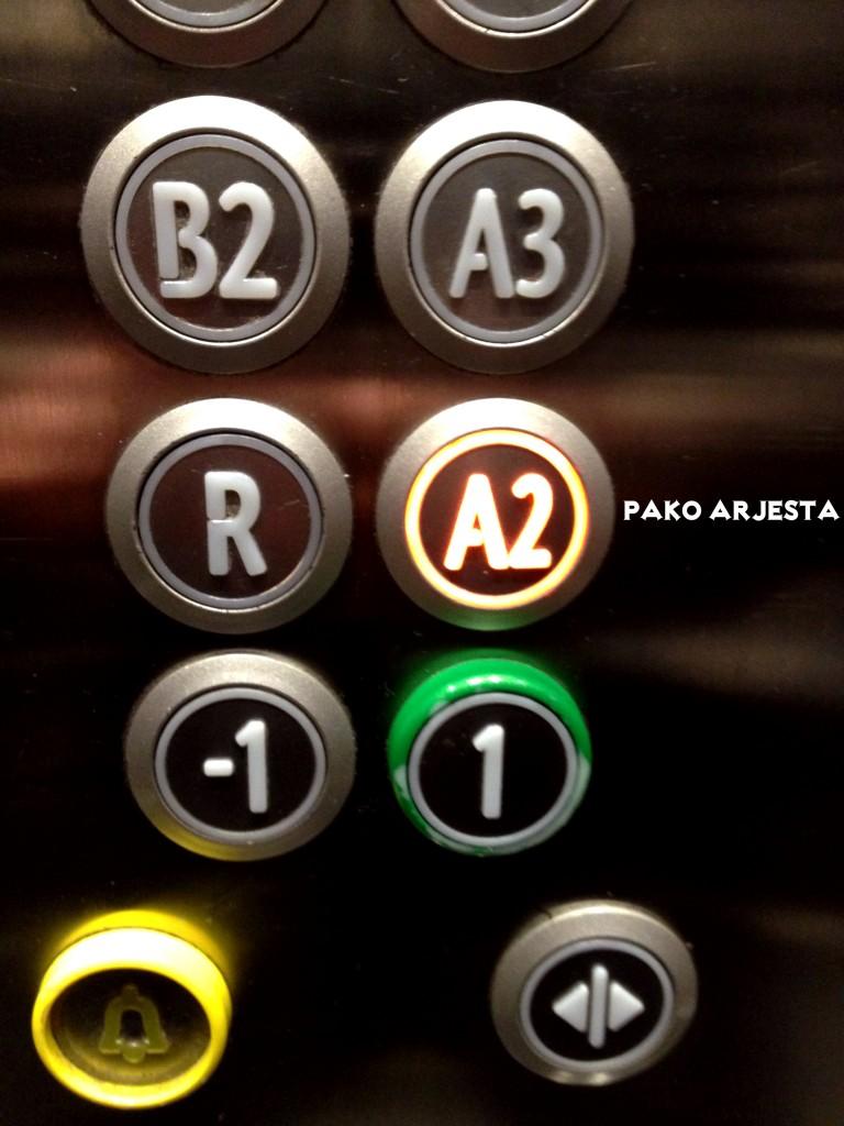 Huoneeni sijaitsi kerroksessa A2 (haluan nykyään aina ottaa hotelleissa tällaisen kuvan)