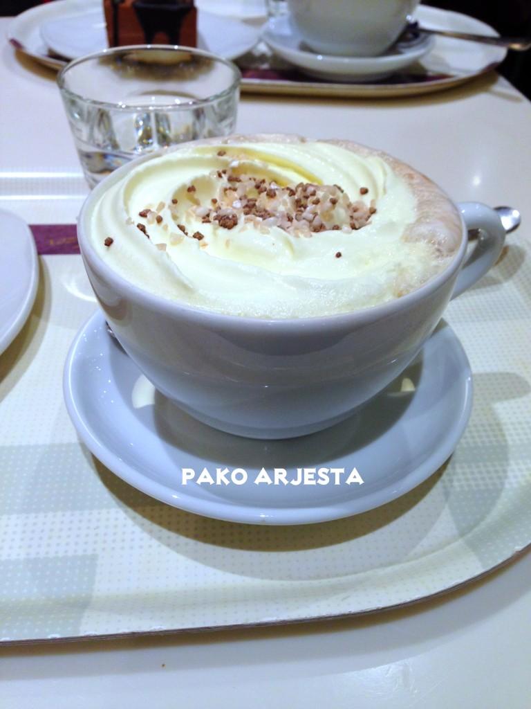 Marianne-kaakaota Fazer Caféssa