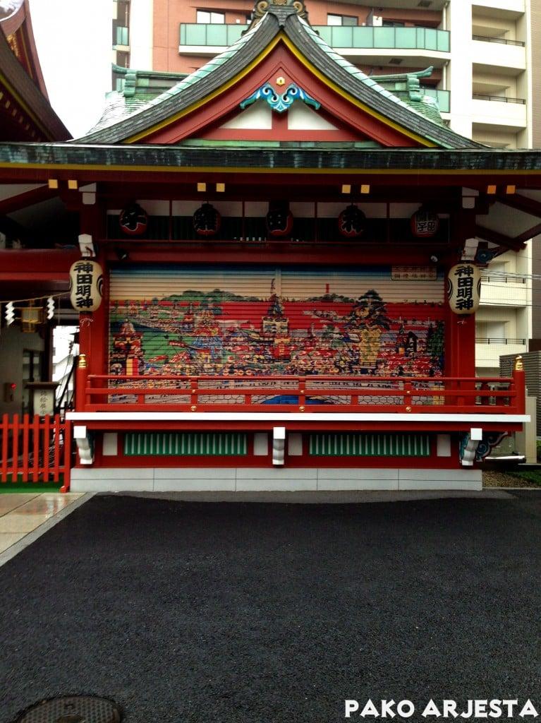 Kanda-pyhäkkö rakennus Akihabara Tokio