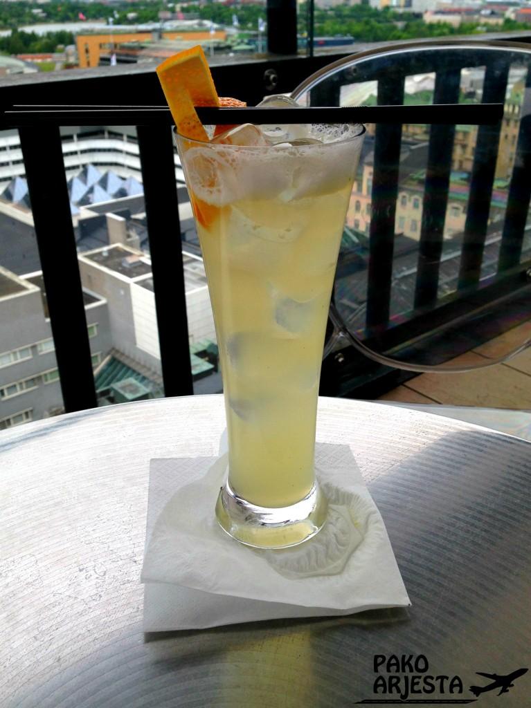 Alkoholiton cocktail