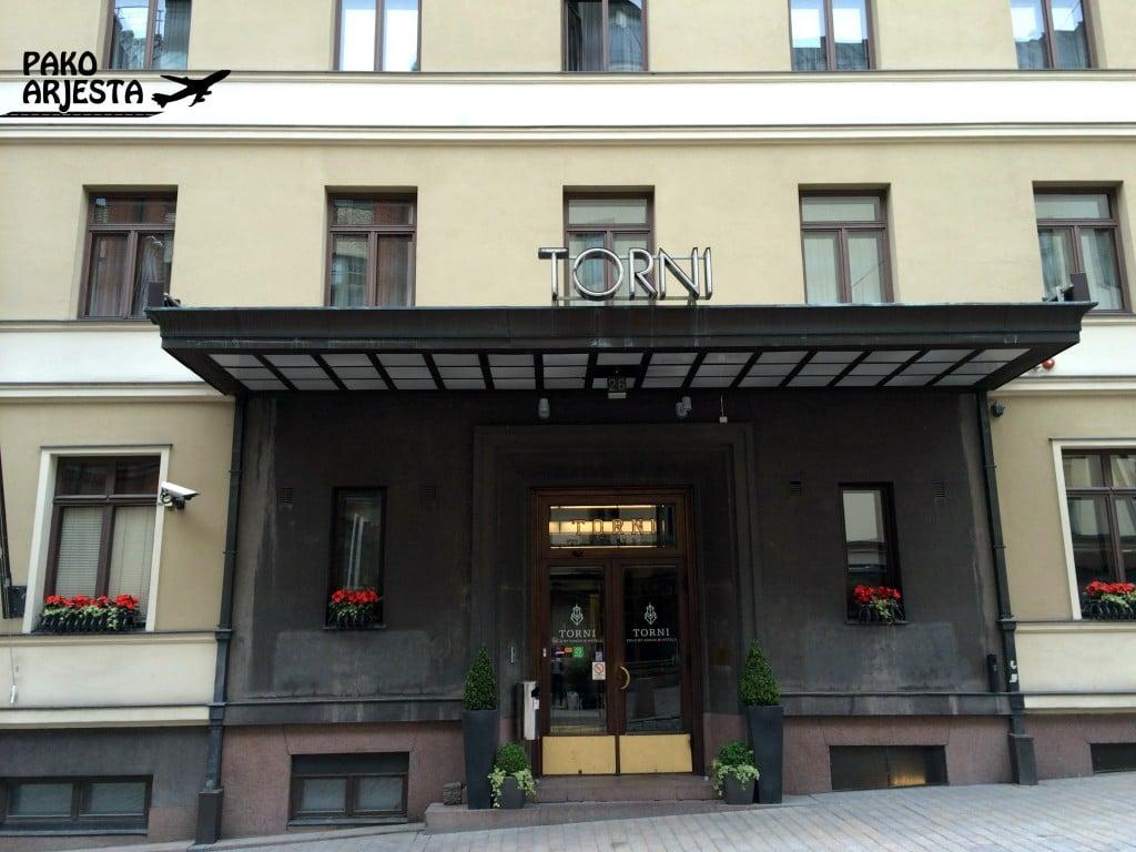 Hotellin pääsisäänkäynti