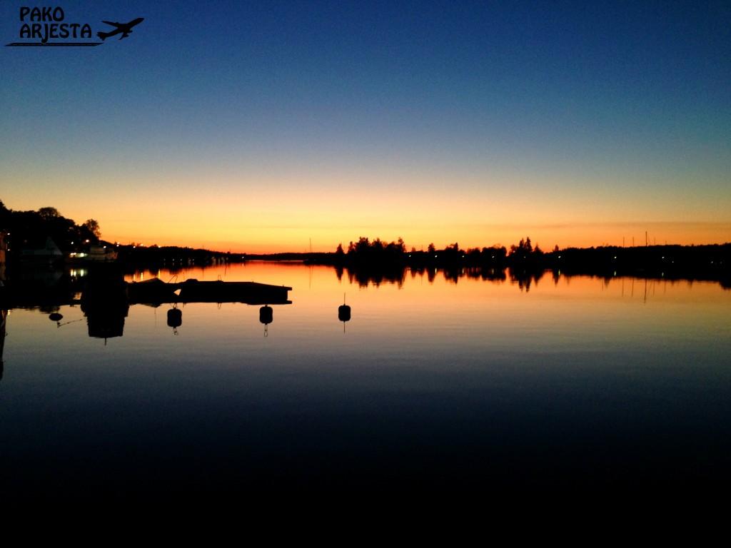 Lappeenrannan satama näyttää hyvältä keskellä yötä baari-illan jälkeen :)