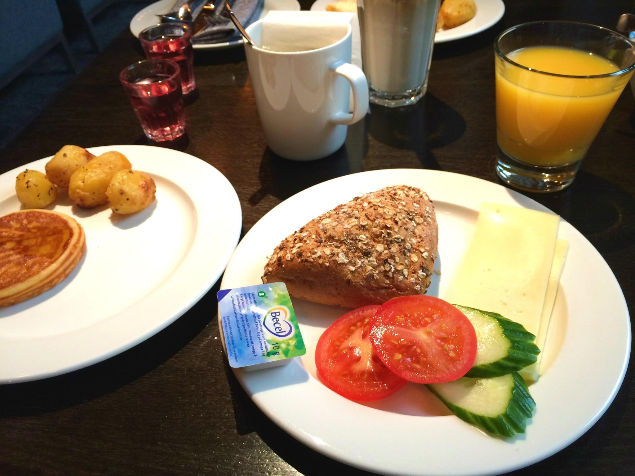Aamiainen 1