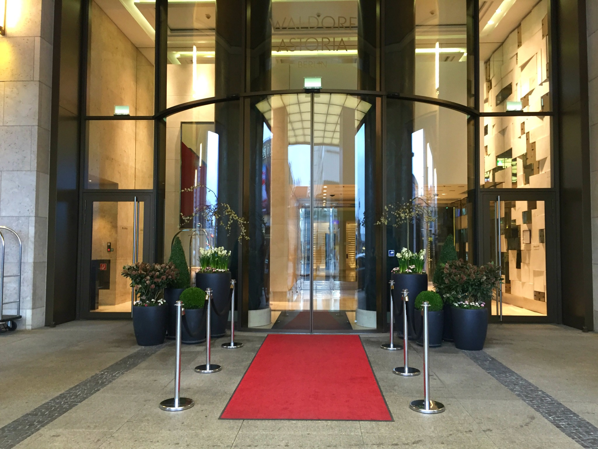 Waldorf Astoria Berlin etuovi