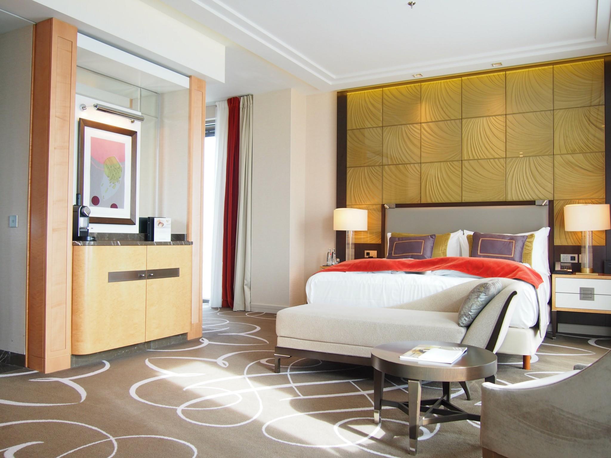 Waldorf Astoria Berlin king junior suite 1