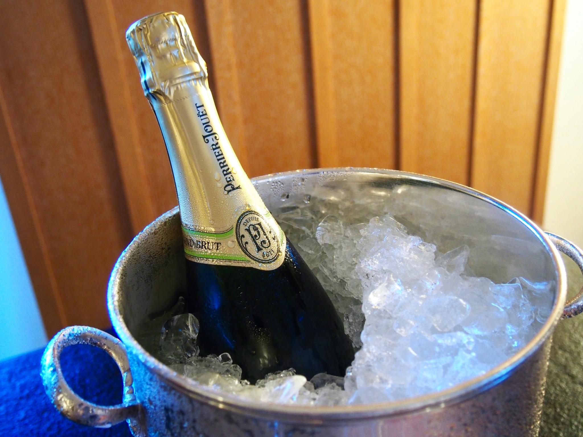 Ritz-Carlton Okinawa samppanjaa