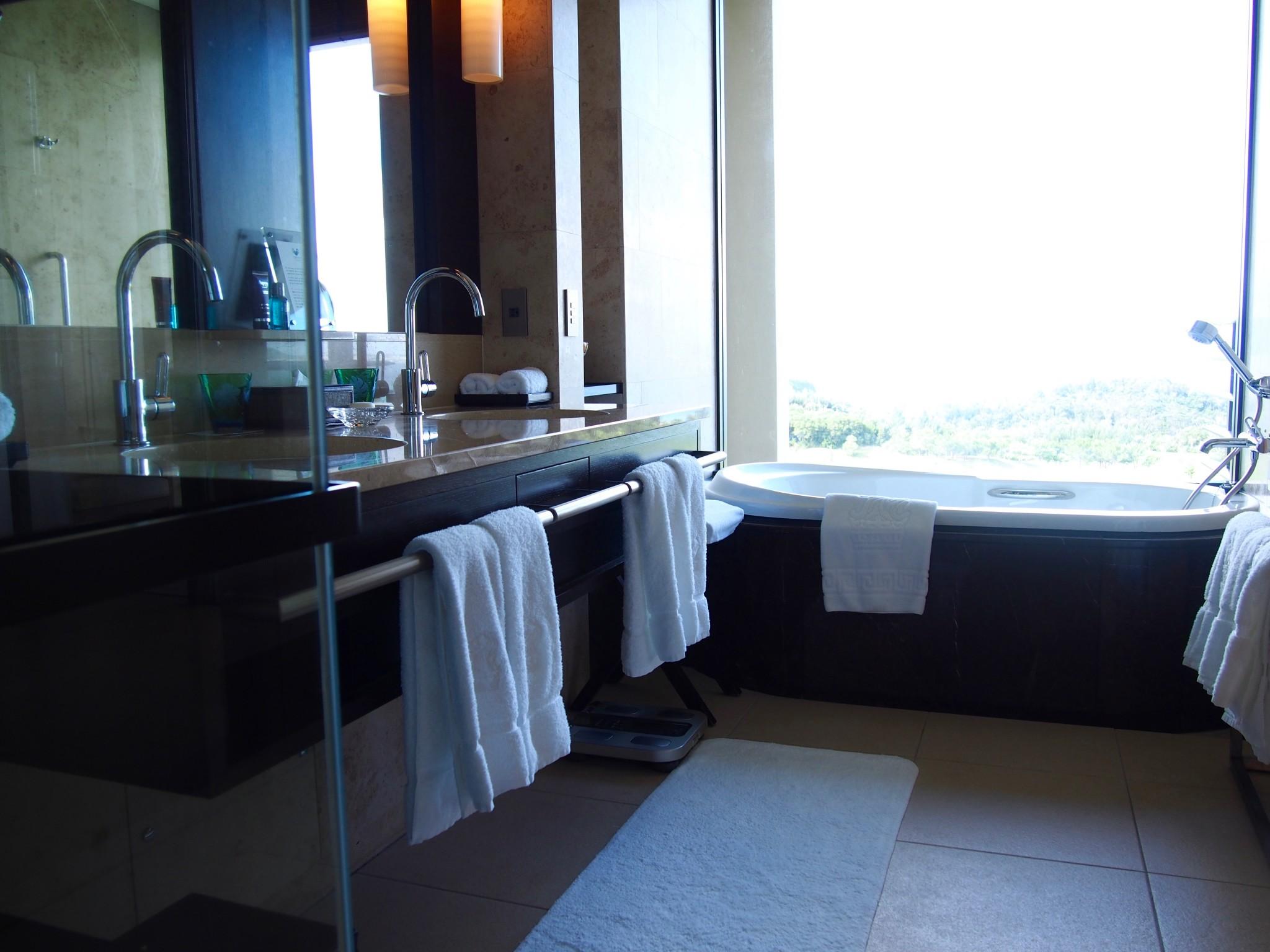 Ritz-Carlton Okinawa kylpyhuone 2