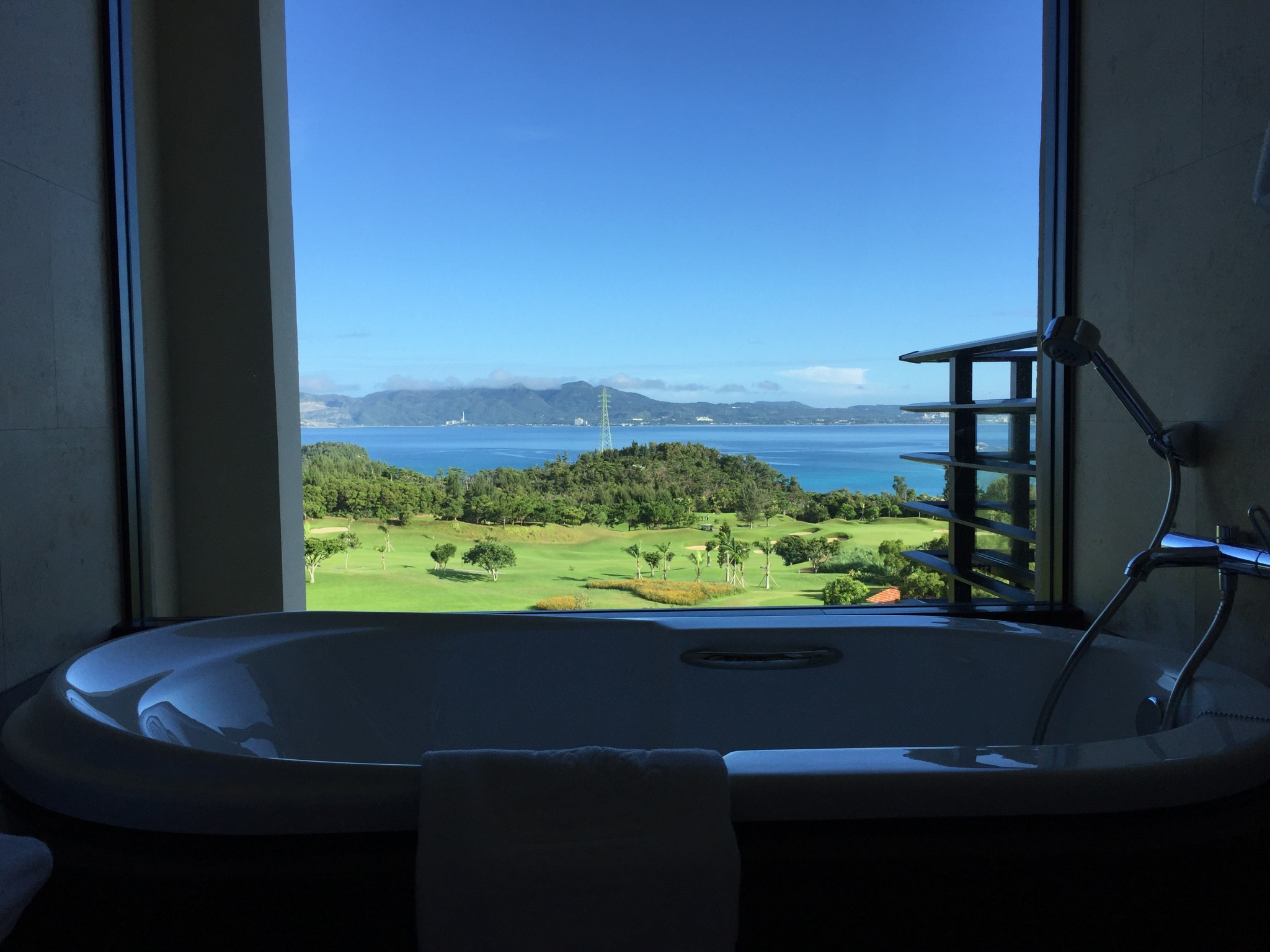 Ritz-Carlton Okinawa kylpyamme 2
