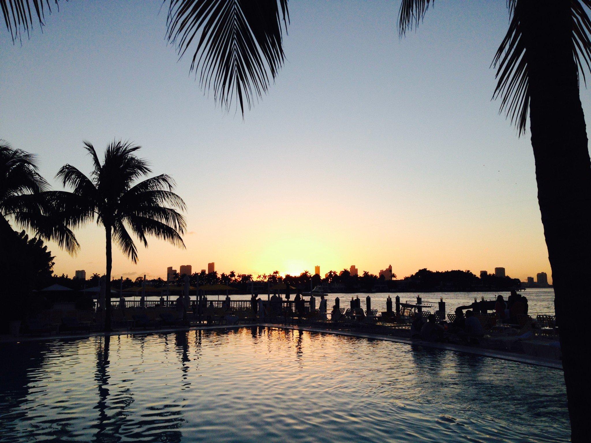 *Miami Standard -hotellin uima-altaalta otettu kuva (saatu Jyrkiltä)
