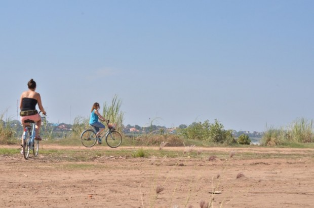mekong-joki, pyöräillen