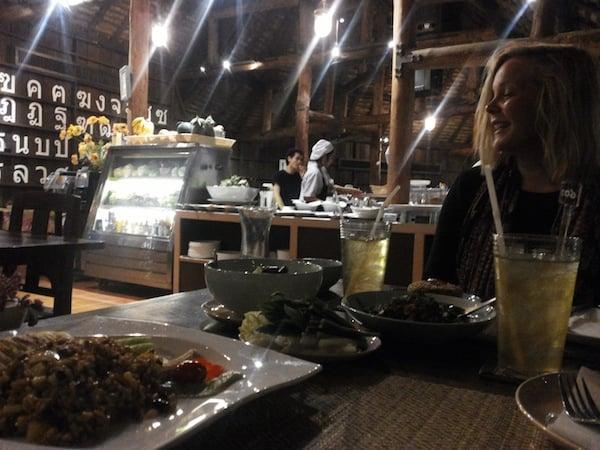 Hanna löysi parhaimman kasvisravintolan Chiang Maista.