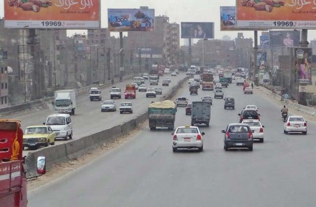 Tässä kuvassa liikenne on vielä varsin maltillisen näköistä. Mitä lähemmäs keskustaa pääsimme, sitä kamalammaksi autoilu muuttui.