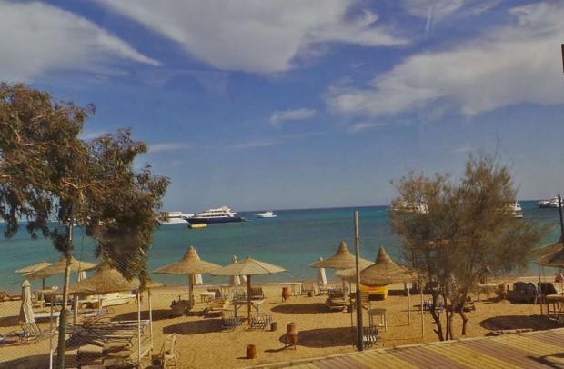 Hurghadan rannat olivat tähän aikaan vuodesta autiot.