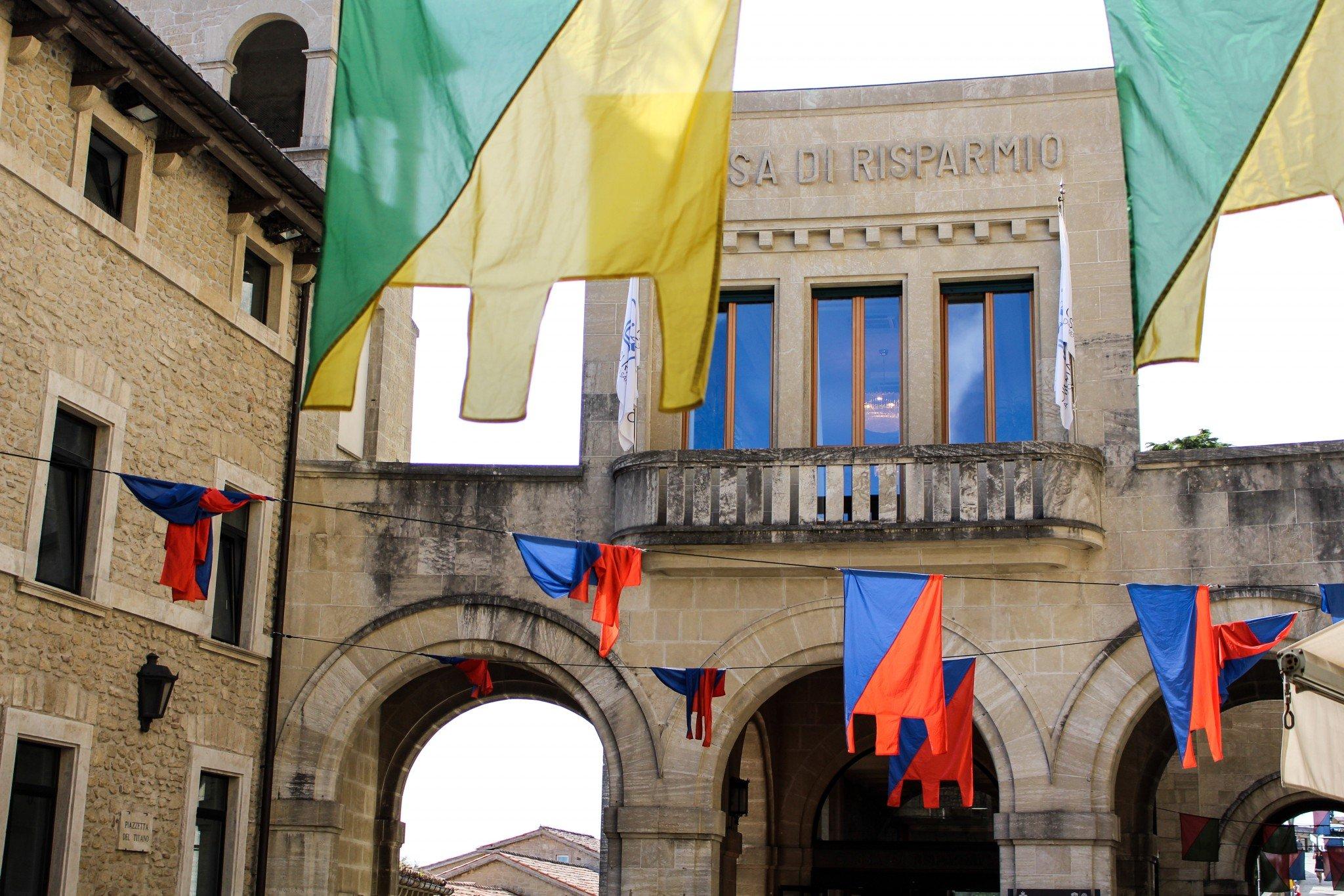 Lippuviirit olivat in San Marinossa
