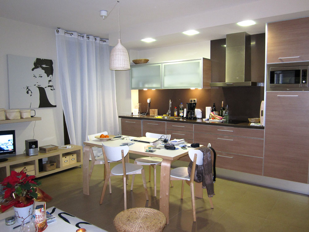 Hotellimajoitusta huomattavasti mukavampaa majoitusta.