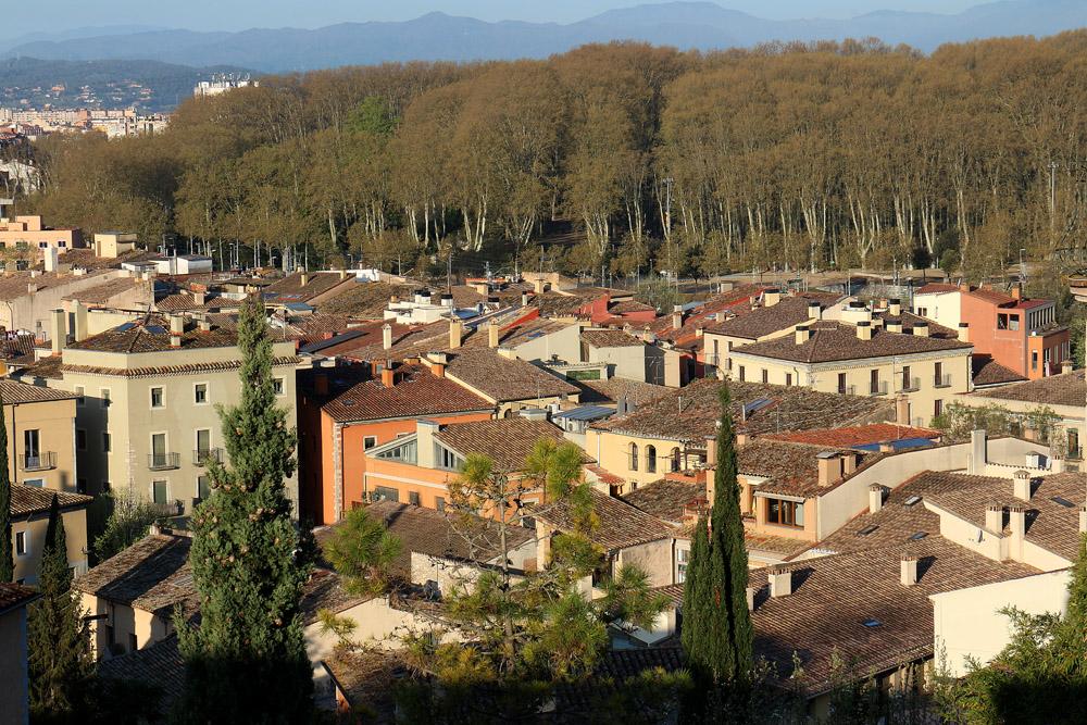 Girona talot