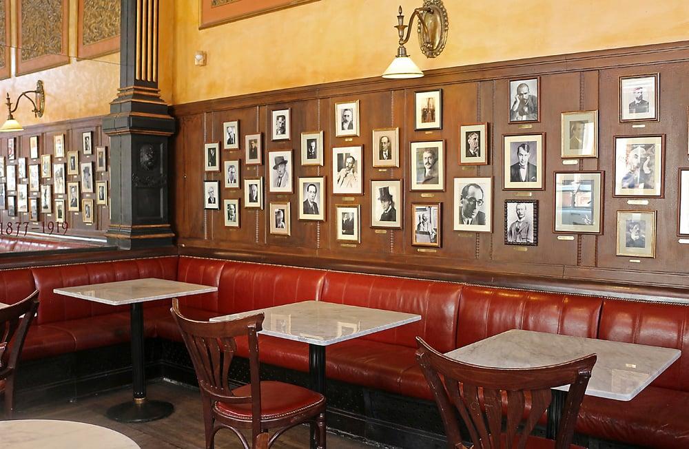 Cafe Central Budapest2