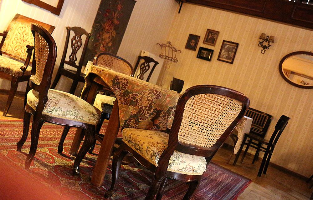 Cafe Zivago