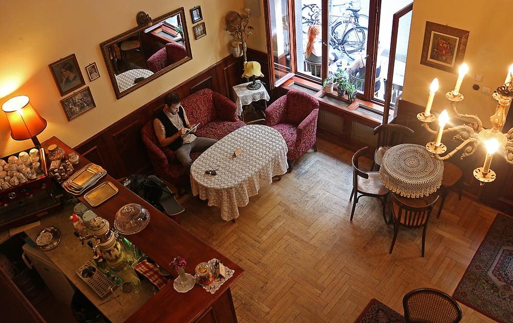 Cafe Zivago3