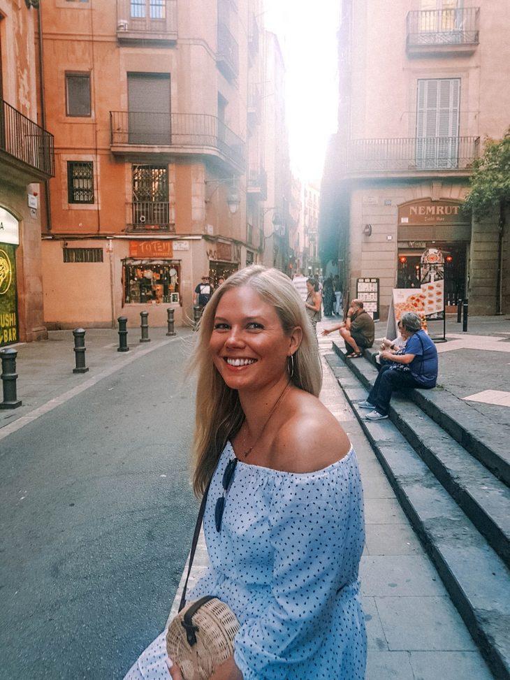 matkalla-barcelonassa-vanhakaupunki-kujat