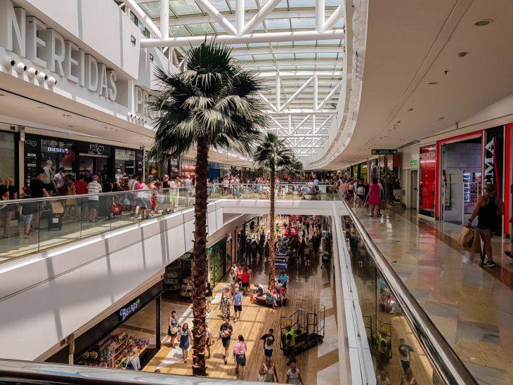 Miramar ostoskeskus Fuengirolassa