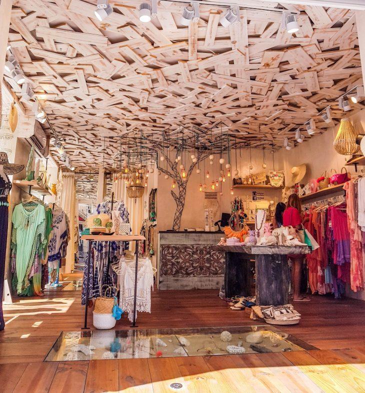 Mekkokauppa Fuengirolassa