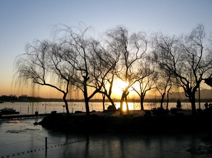 Peking nähtävyydet: auringonlasku Kesäpalatsilla