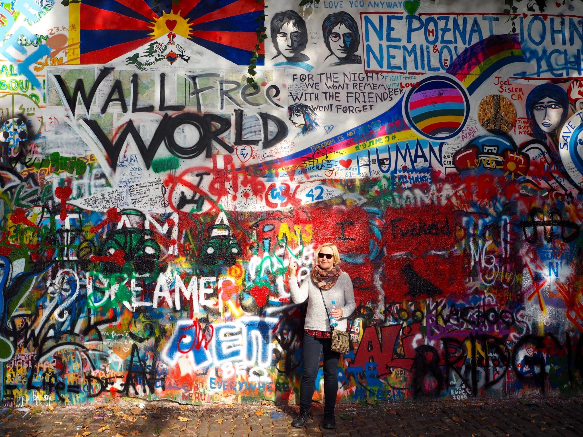 John Lennon -seinä Prahassa