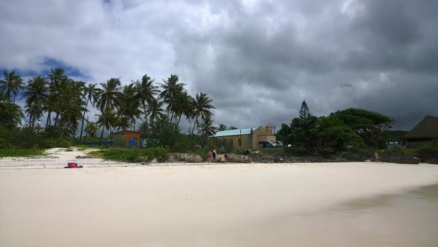 Uusi-Kaledonia uimaranta hiekkaranta