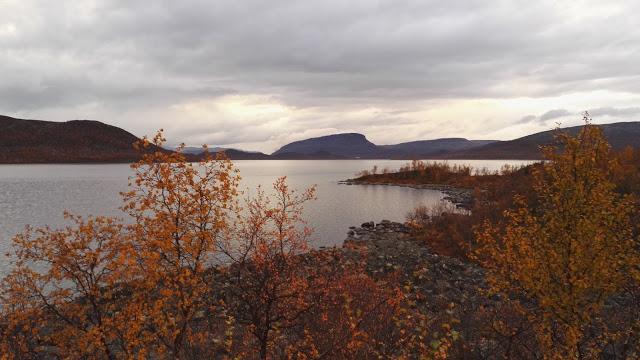 Kilpisjärvi saana syksy