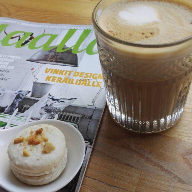 Shoppailureissun ohessa cafelatte ja macarons kakkugalleria Samalla vhn sisustusinspiraatiota uuteenhellip