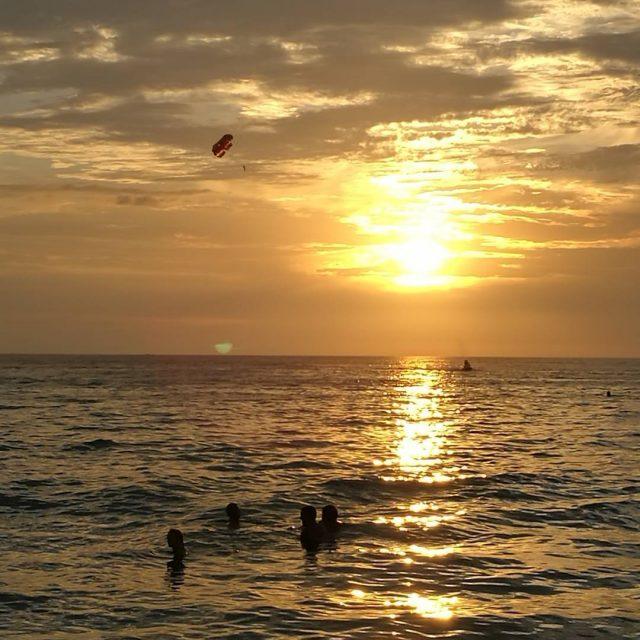 Tllist auringonlaskua katselisi vaikka joka ilta  What amazing sunsethellip