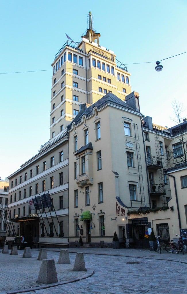 Hotelli Torni - Huoneet, aamiainen ja Ateljee Bar
