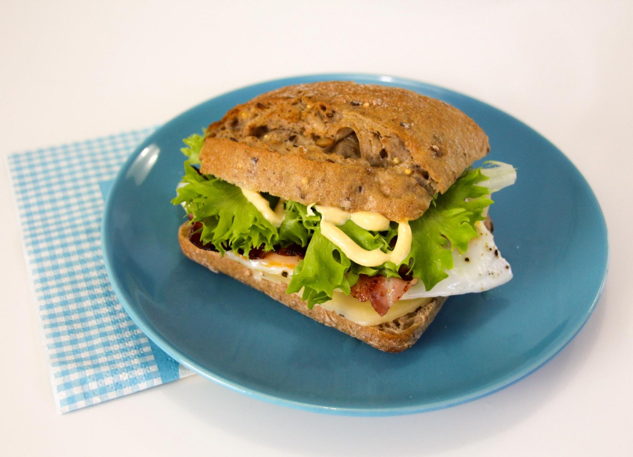 aamiaisburgeri-2