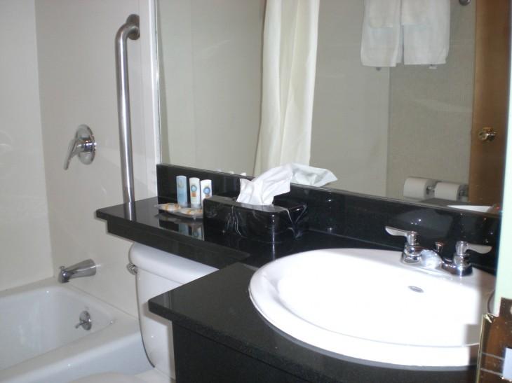 Amerikan hotellien vessoista puuttuvat käsisuihkut