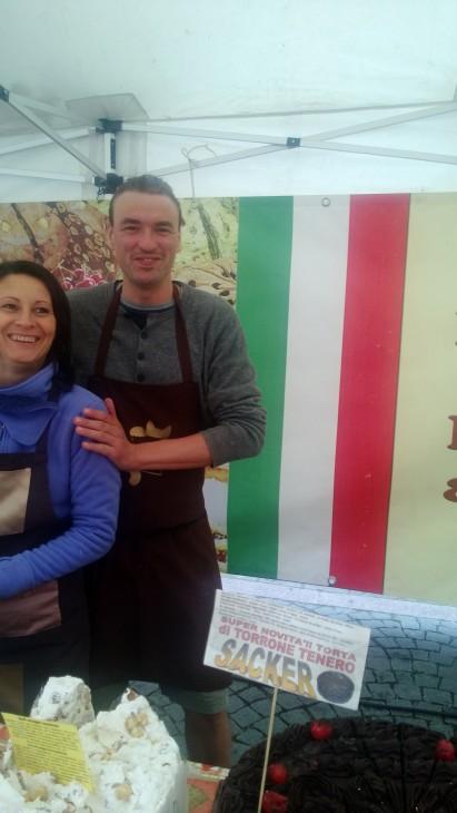 italialaiset tarjoavat maistiaisia täyteläisistä tortuista