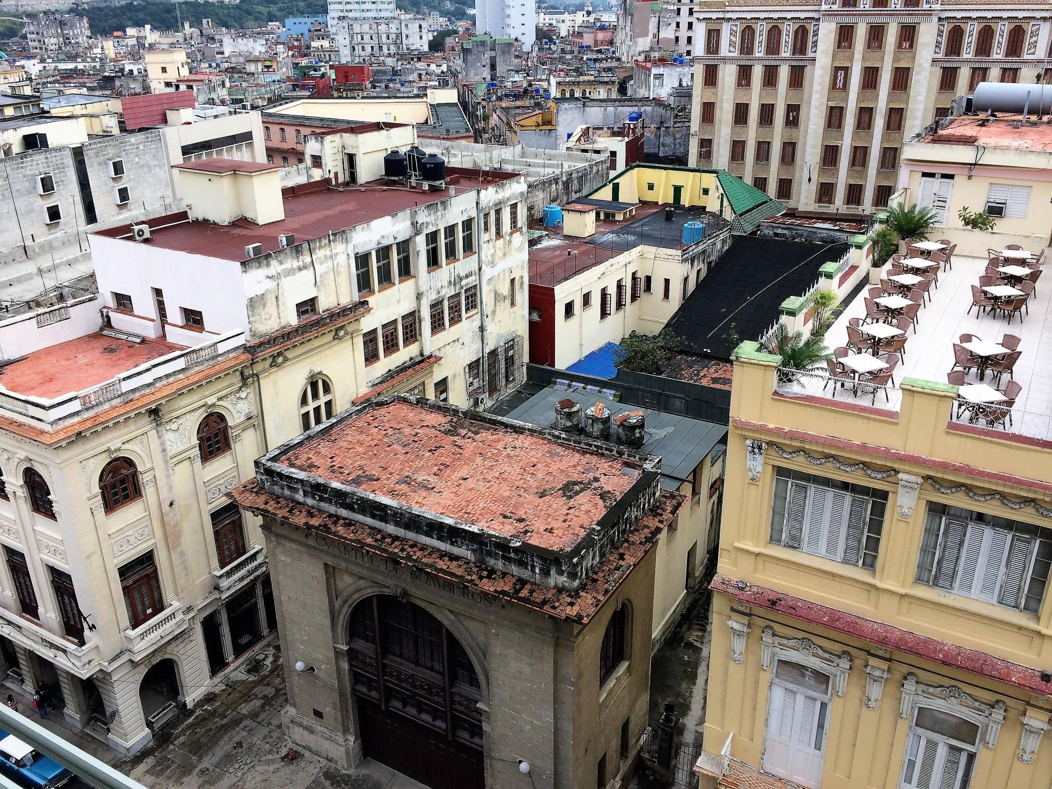 Havanna ParqueCentralin huoneesta 1903 ulos
