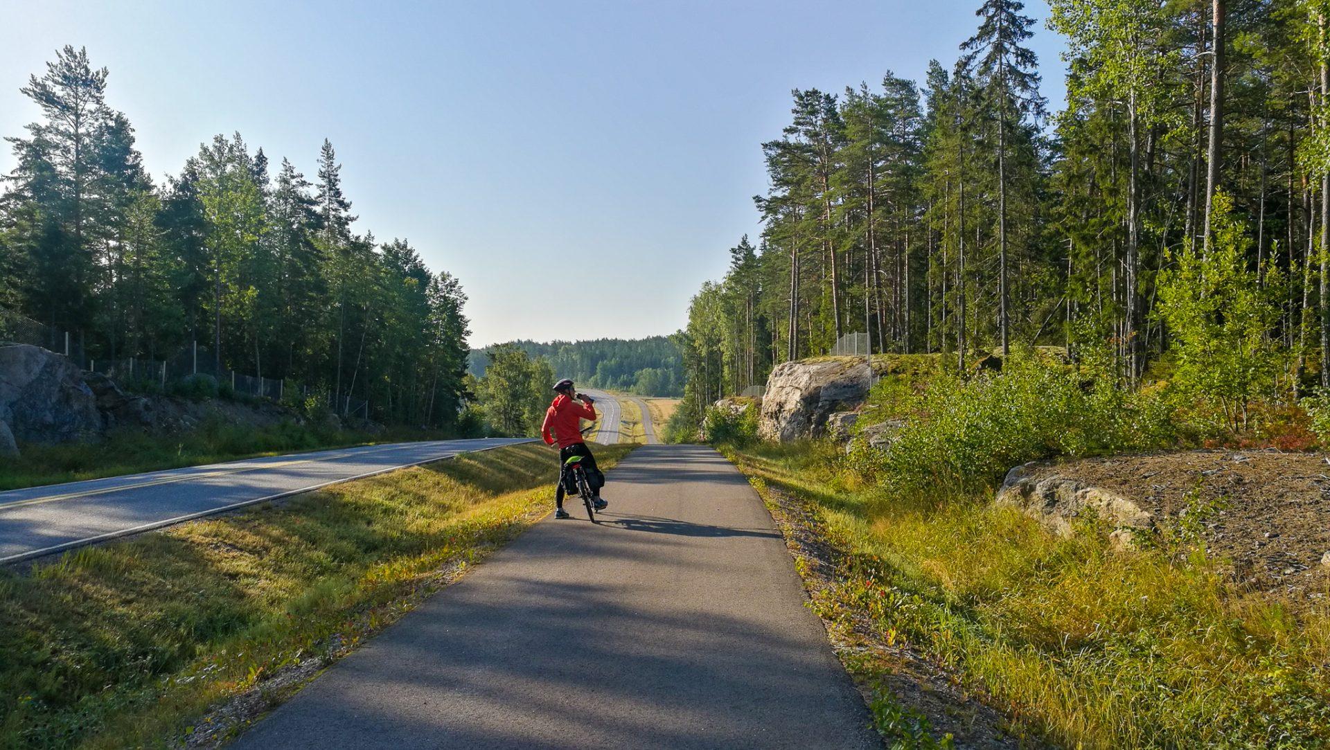 Saariston pieni rengastie pyöräillen